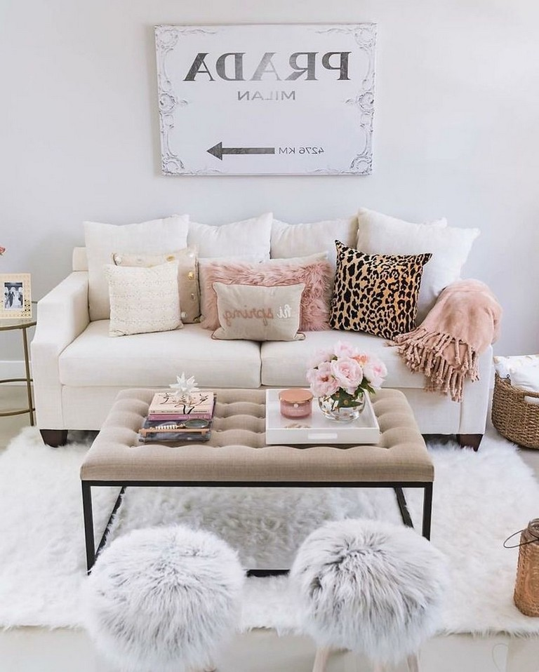 25 Swoon Worthy Glam Living Room Decor Ideas: 45+ Beautiful Living Room With Colorful Pastel Color Style