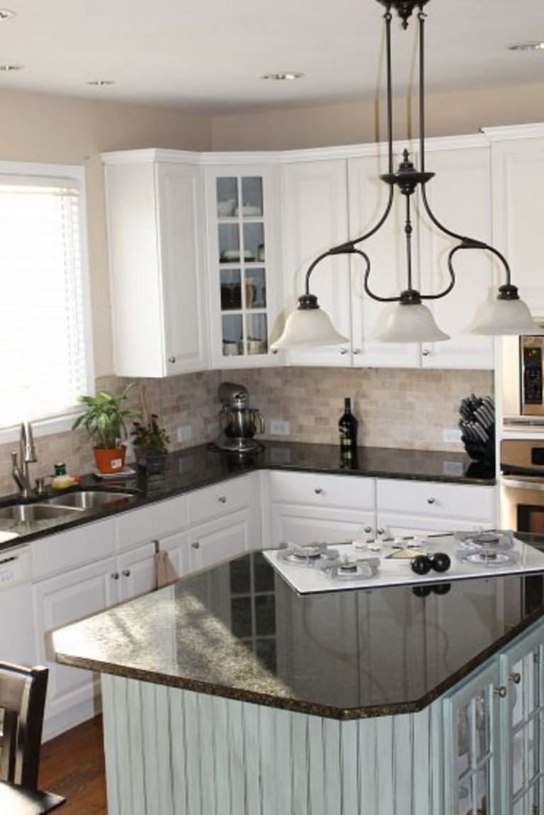 Light Cabinets With Dark Countertops