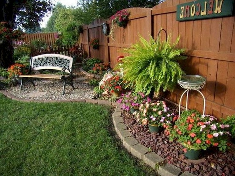 30+ Beautiful Backyard Design Ideas On A Budget on Budget Small Backyard Landscaping Ideas  id=37689